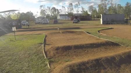 Video: MM450 At Rocky RC Dirt Track