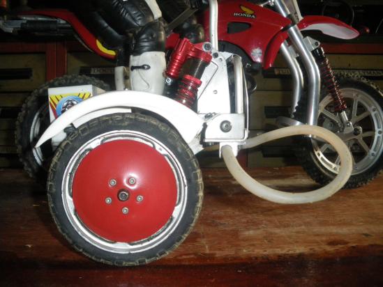 VMX Sidecar wheel and shock